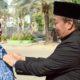 Bupati Fadeli Sematkan Satyalencana Karya Satya untuk PNS, Dorong Semangat Nawa Bhakti