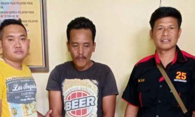 Tersangka Sugeng diamankan Anggota Polsek Ngimbang