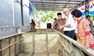 Satu dari Tiga Perahu di Bengawan Solo Berhasil Diangkat