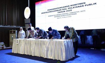 Bupati Fadeli Tandatangani Komitmen MPP dengan MenPAN RB