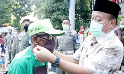 20 Orang di Lamongan Positif Corona, Bupati Gencarkan Pencegahan, Bagikan Masker