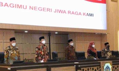 DPRD Gelar Rapat Paripurna Lanjutan, Bupati Lamongan Tanggapi Pandangan Umum Fraksi